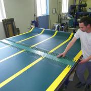 Conveyor belt for skiing industry