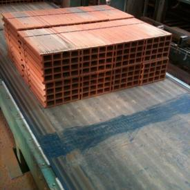 Conveyor belt with ERO Joint® Splice in brick industry