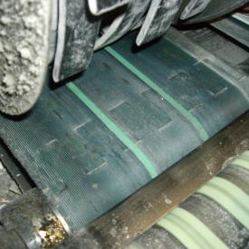 Conveyor belt with ERO Joint® lacing